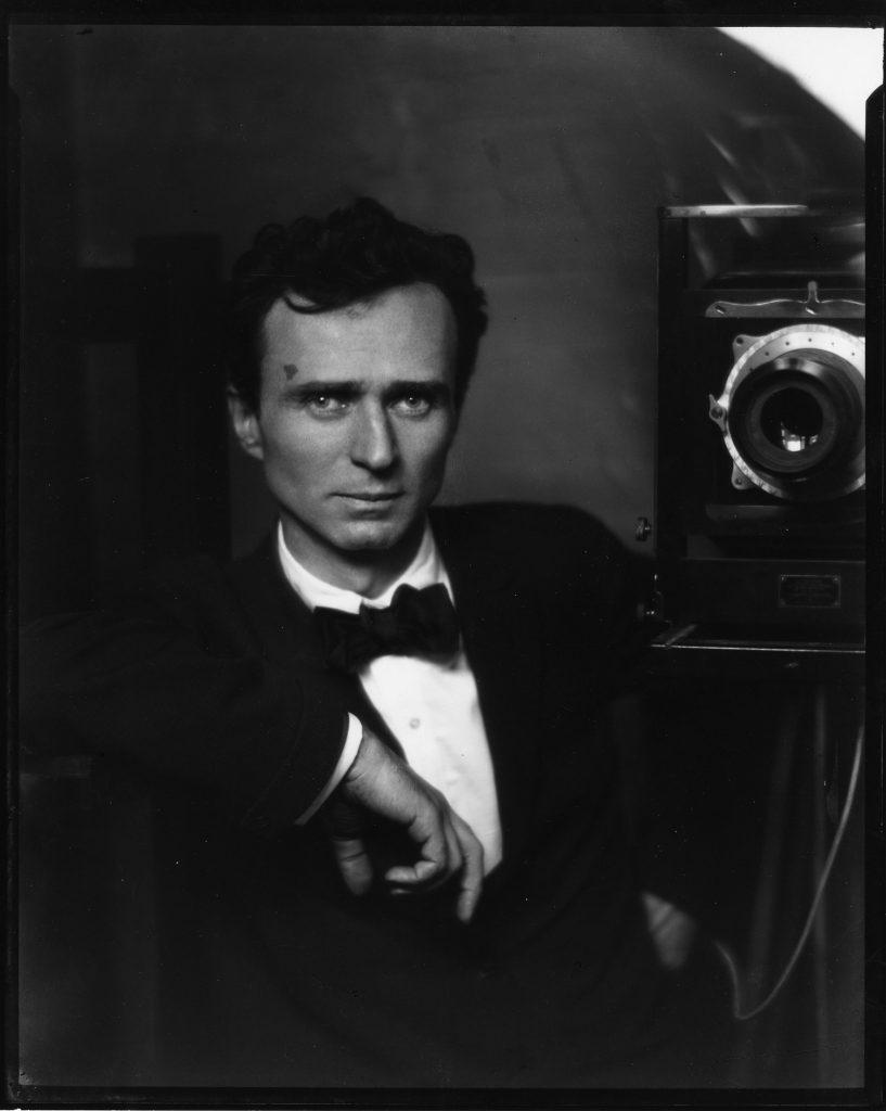 Edward Steichen: Self Portrait with Studio Camera, 1917
