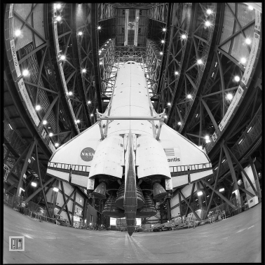 """Atlantis in the High Bay, 20""""x16"""", 2011 by Phil McAuliffe"""