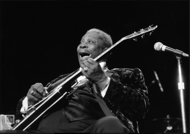 BB King, War Memorial, Trenton, NJ, 2004 by Phil McAuliffe